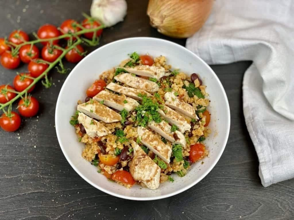 Low-Carb Chicken & Rice Bowl